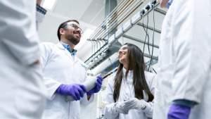 Выделены гранты на совместные проекты учёных России, Франции, Венгрии, Вьетнама и Южной Осетии