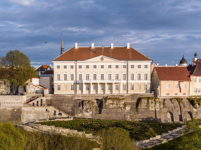 Правительство Эстонии вводит ослабление ограничений, вызванных эпидемией коронавируса