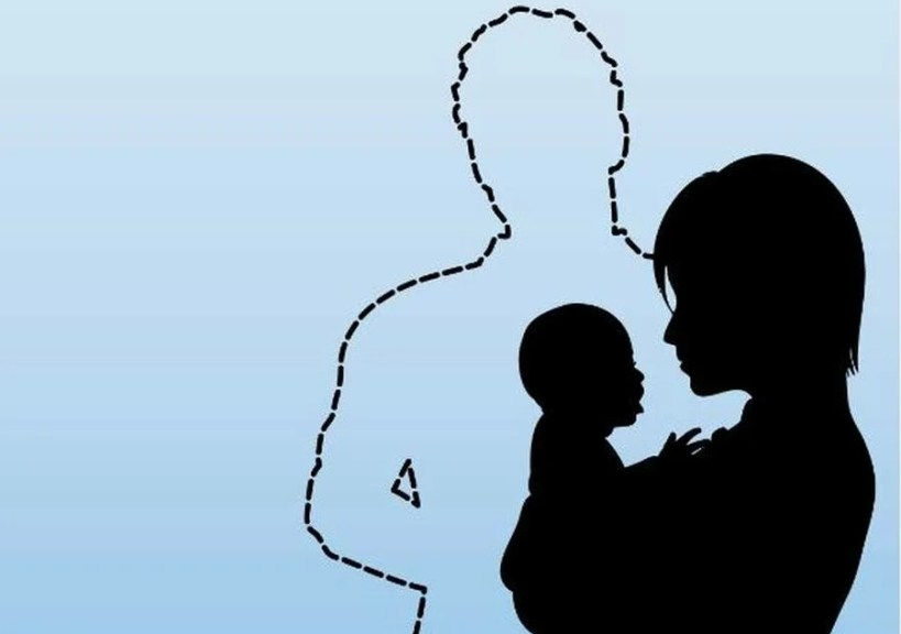 Законопроект о ежемесячной зарплате для родителей-одиночек разработали в Госдуме
