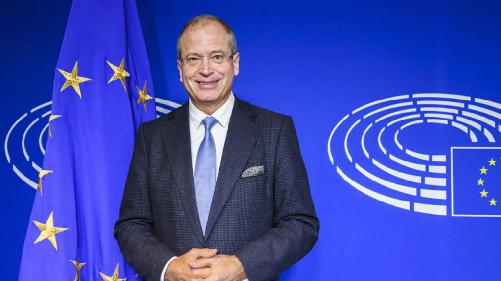 Планы ЕС: остановить ковид и загрязнение среды