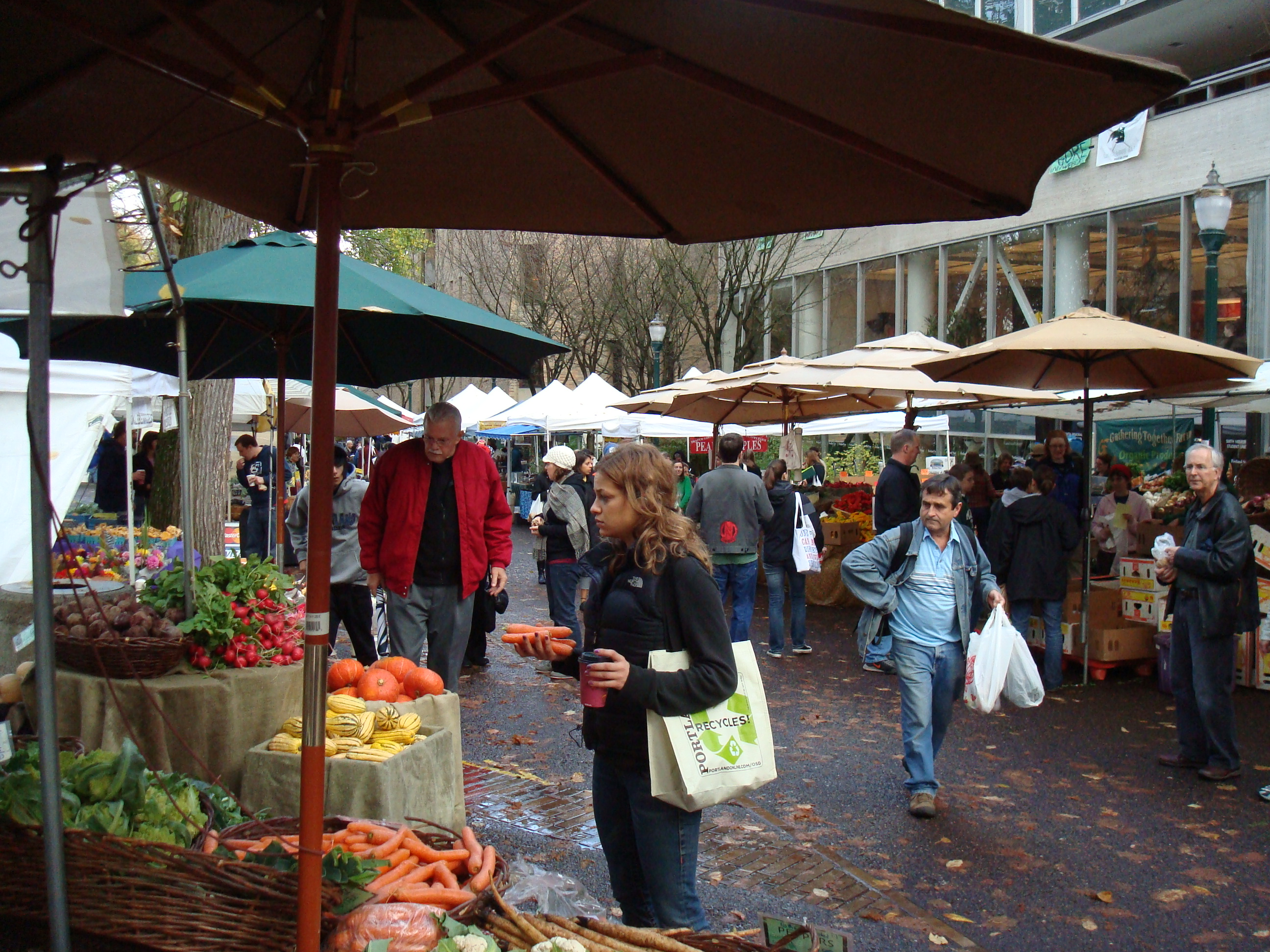 Portland's downtown Saturday farmers market