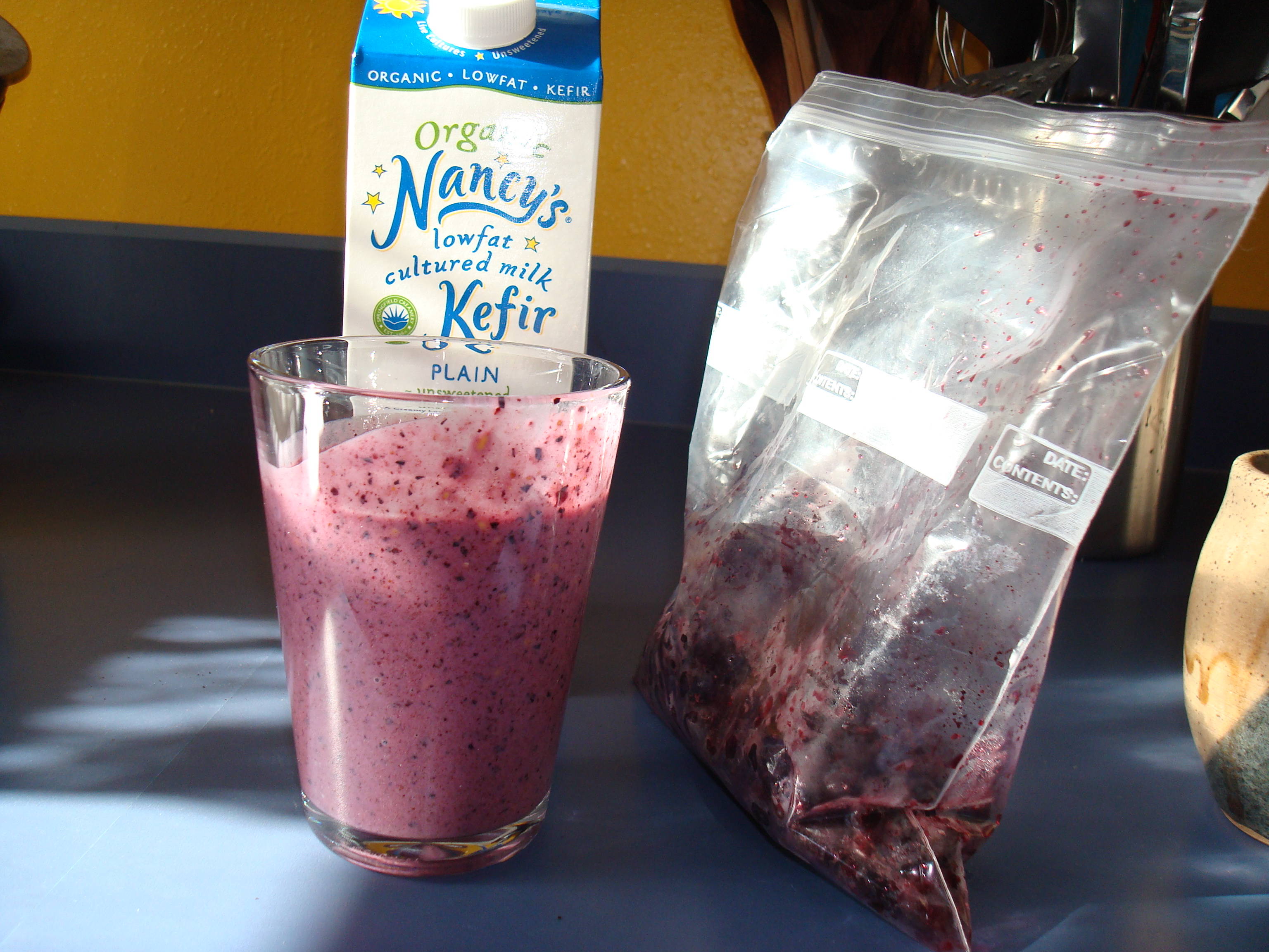 Oregon summer blueberry smoothie