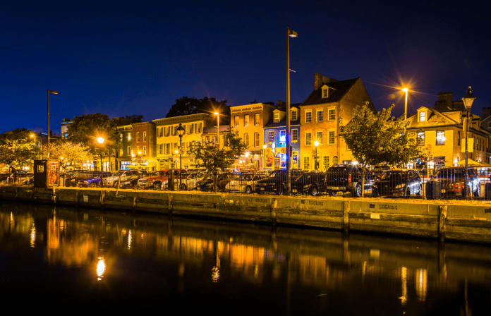 What happens in Fells Point after the sun sets on weekends?