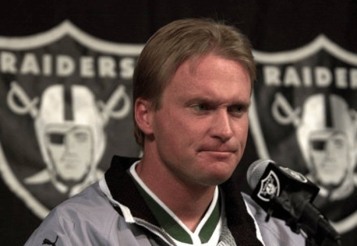 The wonders of Lamar and the disgrace of Gruden in split screen