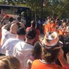 Orioles fans welcome team back to Camden Yards from Detroit