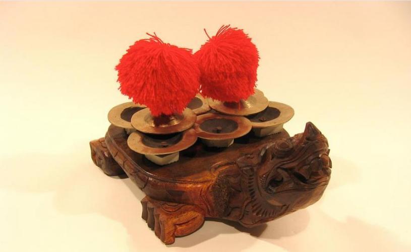alat musik tradisional dari bali