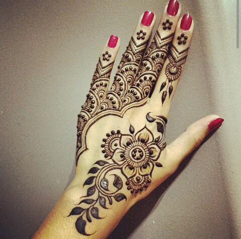 Motif Henna Bunga