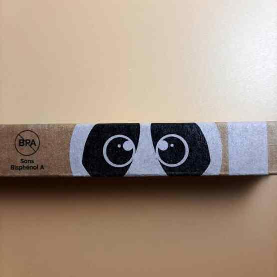 1 brosse à dents enfant détail yeux panda