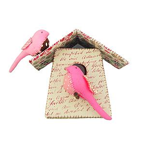 Pink birdhouse by Tamar Mogendorff