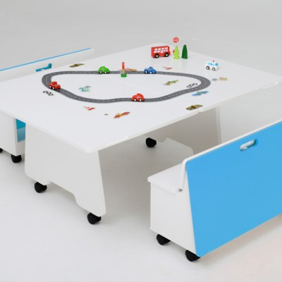 TurniTable convertible play table