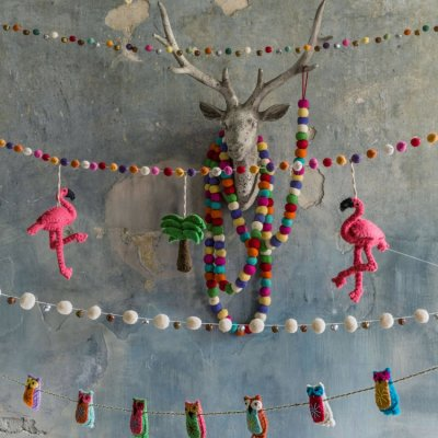 Hot buy of the day: Flamingo Palm Tree Felt Garland