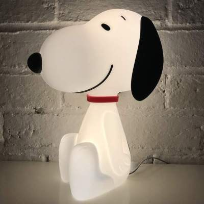 The original Snoopy lamp