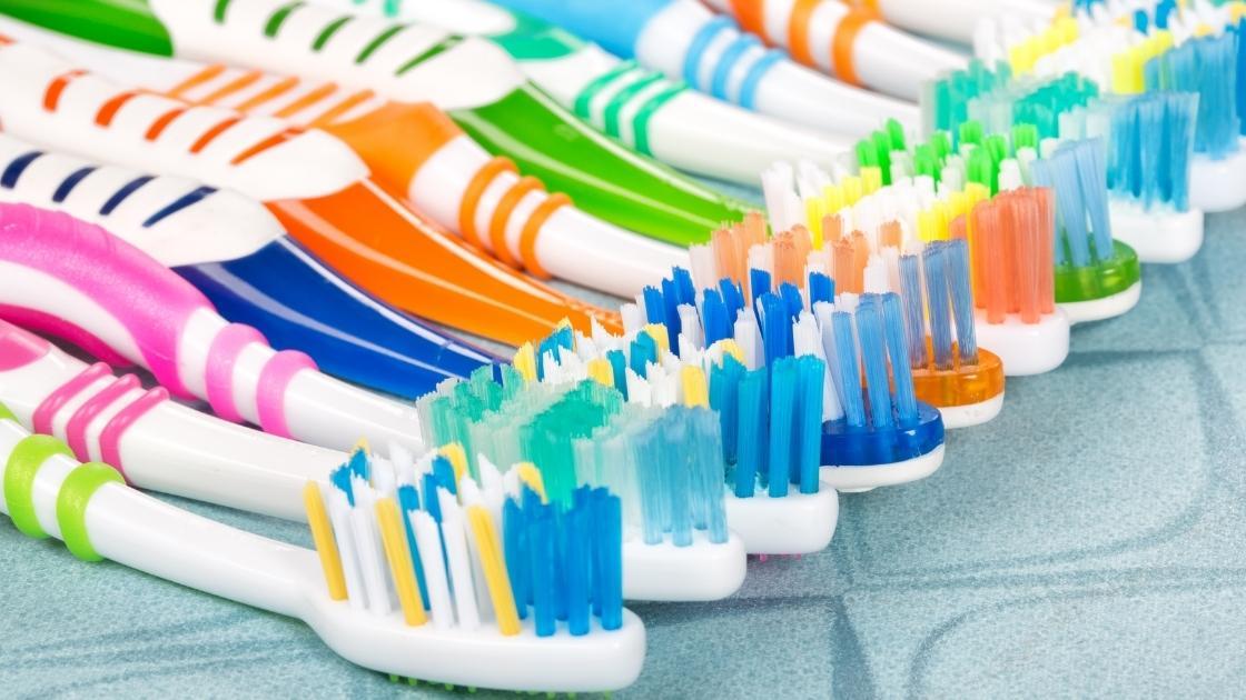 spazzolino dove si butta