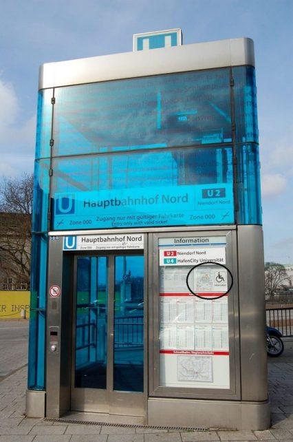 Schickes Aufzugshäuschen am Hauptbahnhof NOrd