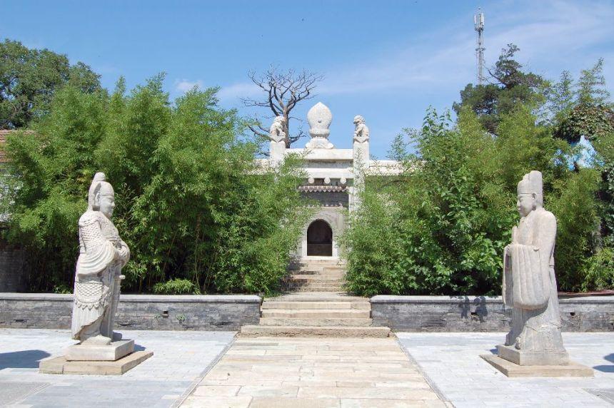 Grab des Eunuchen Tian Yi . Inside Beijing