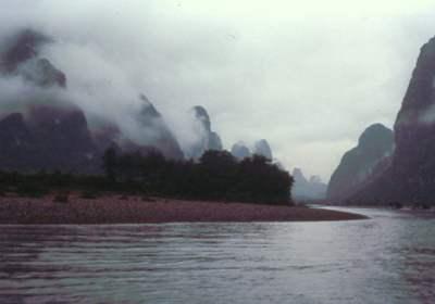 Yangshuo Wolken - Yangshuo 1987 und der Li-Fluss wie ein Tuschegemälde