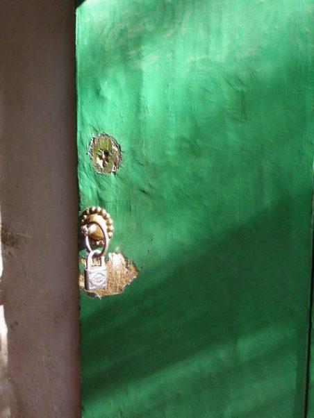 Tür in der Id Kah Moschee