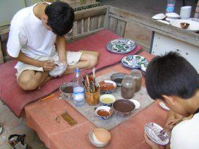 Rishtan - Keramik wird bemalt