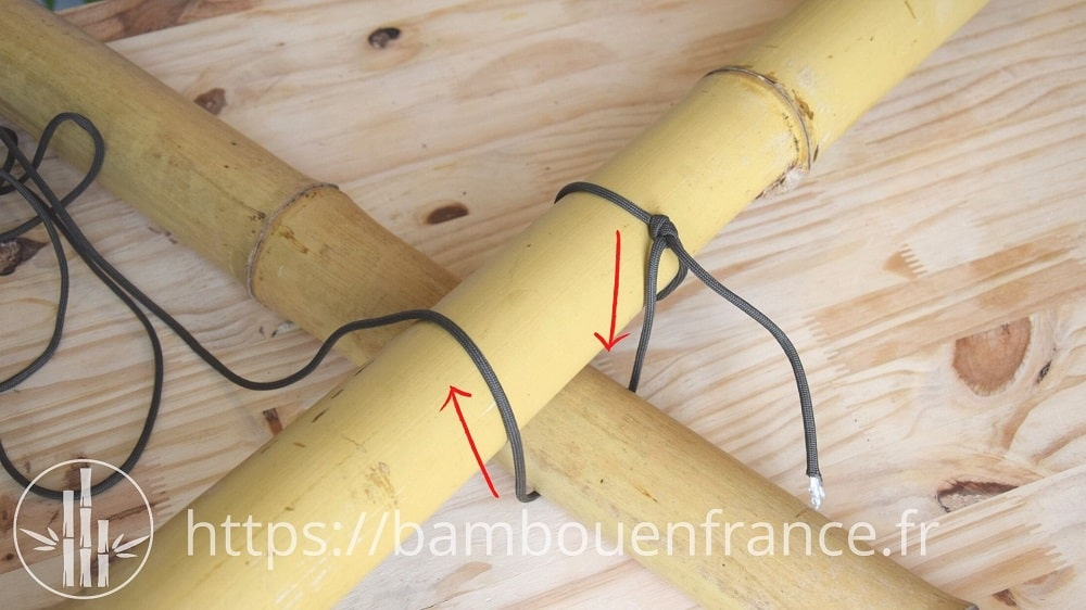 Assembler des bambous avec un brêlage: Etape 2