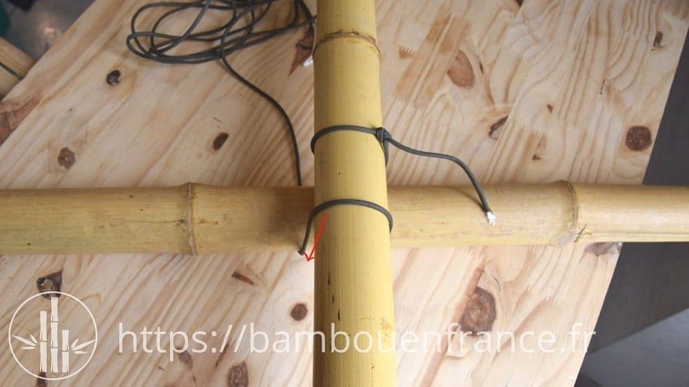 Assembler des bambous avec un brêlage: Etape 3