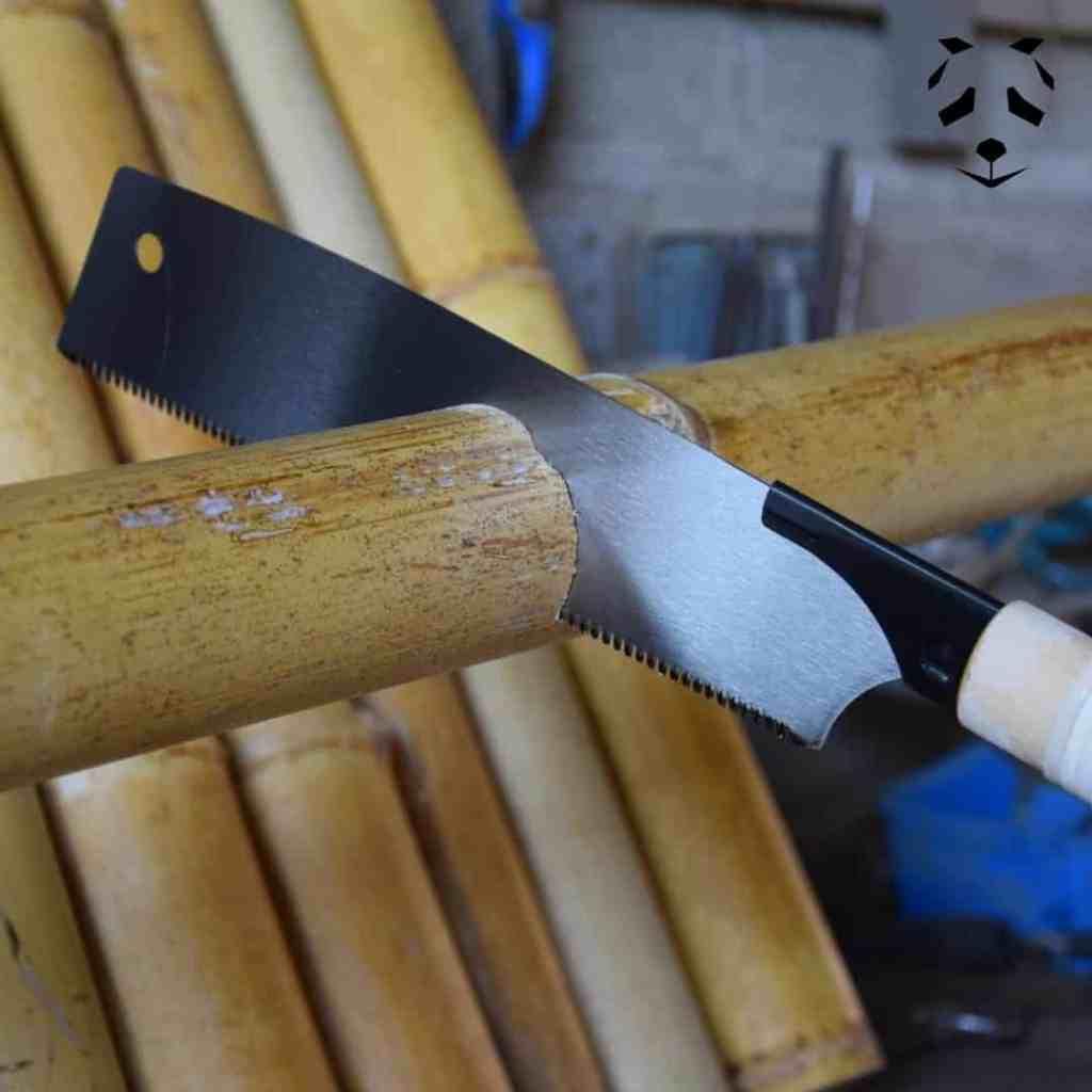 Scie japonaise et travail du bambou