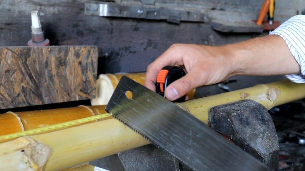 Couper les bambous diagonaux