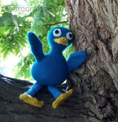 crochet-kenny-duck-up-a-tree