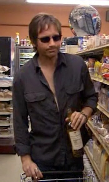 """David Duchovny as Hank Moody on Californication (Episode 1.06: """"Absinthe Makes the Heart Grow Fonder"""")"""