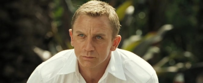 "The epaulettes (or ""shoulder straps"", in British parlance) give Bond's shirt a military touch."