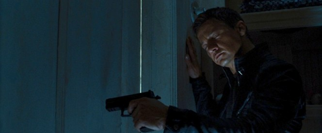 This SIG-Sauer has an accessory rail, making its appearance a continuity error. Man, even Jeremy Renner looks embarrassed by the mistake here.