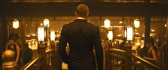 Poor Bond was followed around all night by sartorial critics pointing at his rear vent and sneering.