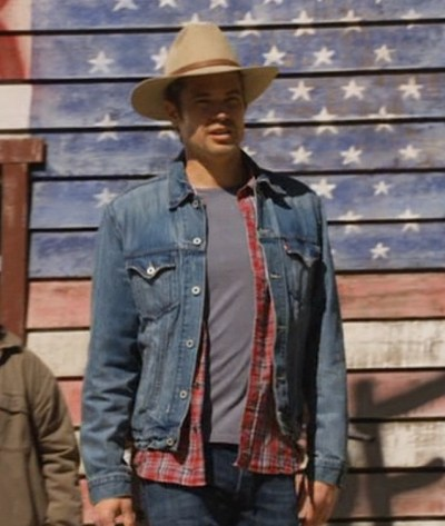 Timothy Olyphant as Deputy U.S. Marshal Raylan Givens in Justified (Episode 2.11: