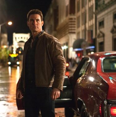 Tom Cruise as Jack Reacher in Jack Reacher (2012).
