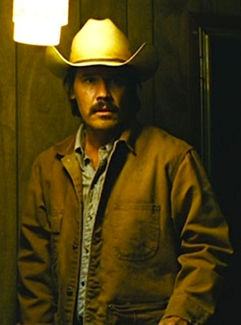 Josh Brolin as Llewelyn Moss in No Country for Old Men (2007)