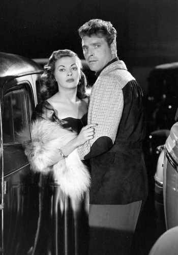 Burt Lancaster and Yvonne De Carlo in Criss Cross (1949)