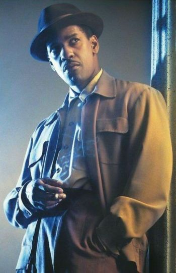 Denzel Washington as Easy Rawlins in Devil in a Blue Dress (1995)