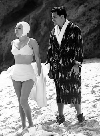 John Garfield, understandably distracted by Lana Turner while filming The Postman Always Rings Twice (1946)