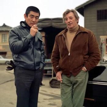 Ken Takakura and Robert Mitchum on the set of The Yakuza.