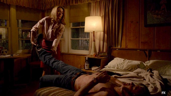 """Timothy Olyphant and Natalie Zea on Justified (Episode 1.09: """"Hatless"""")"""