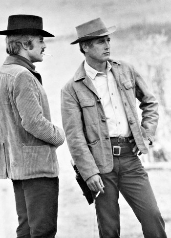 Paul Newman with Robert Redford behind the scenes of Butch Cassidy and the Sundance Kid (1969)