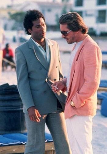 """Philip Michael Thomas and Sonny Crockett filming """"Brother's Keeper"""", the pilot episode of Miami Vice"""