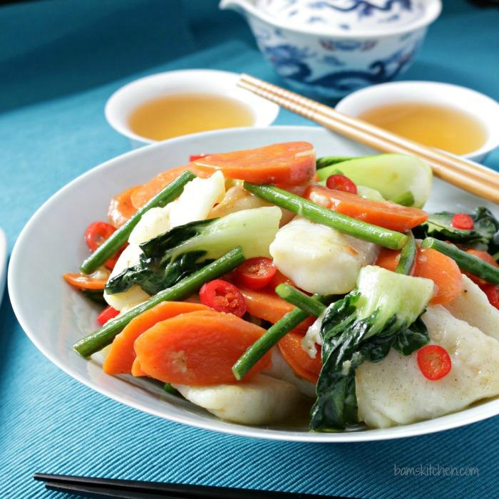 Ginger Fish Stir Fry/ http://bamskitchen.com/