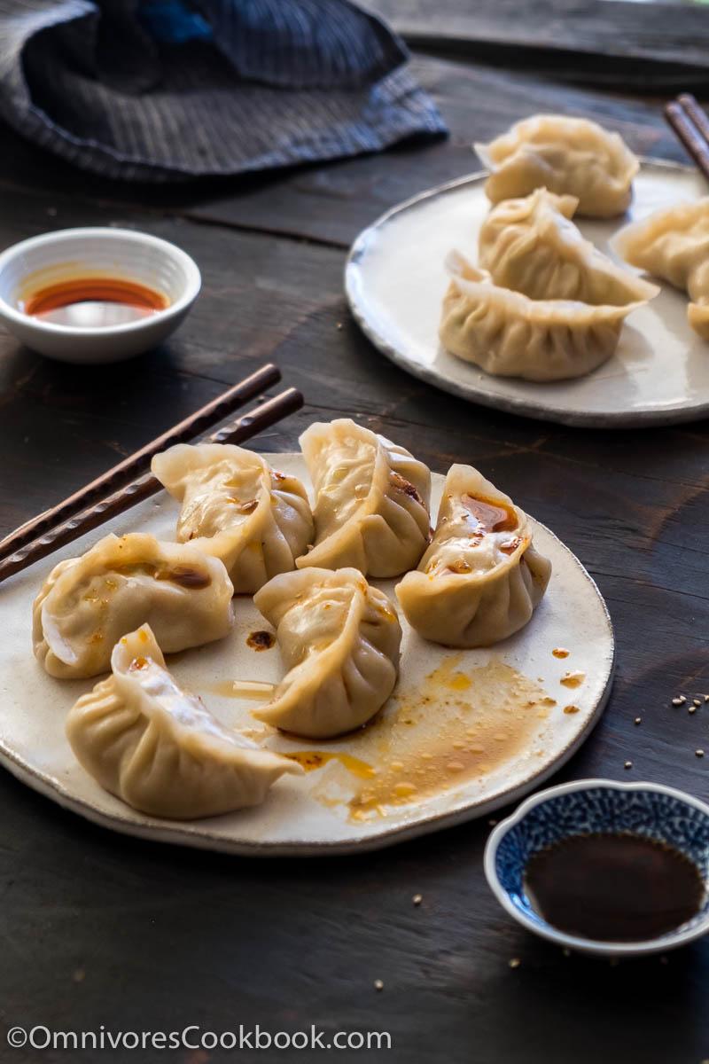 Mom's Best Pork Dumplings/ http://bamskitchen.com