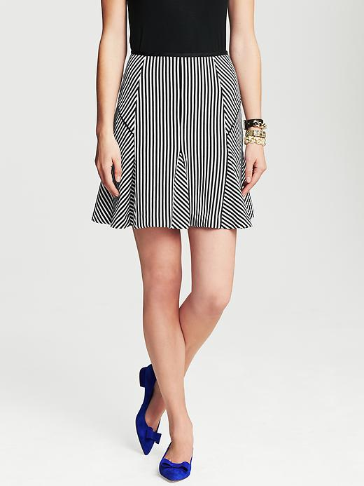 Banana Republic Mixed Stripe Fluted Skirt - Black/ white stripe