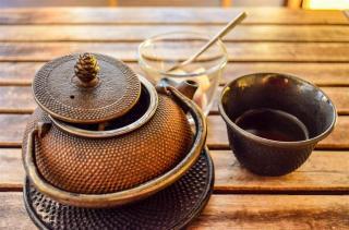 Tea at Les Mots Bleus