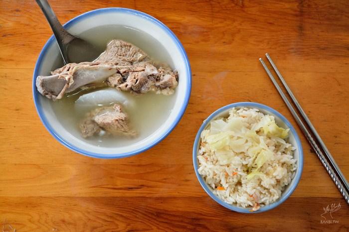 延三夜市美食:高麗菜飯原汁排骨湯,平價懷舊的古早味/台北米其林必比登推薦