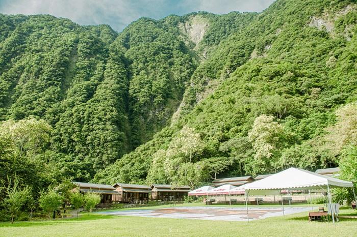 花蓮太魯閣住宿:太魯閣山月村 山谷圍繞避世秘境木屋,享受美牛燒烤和原住民料理、歌舞