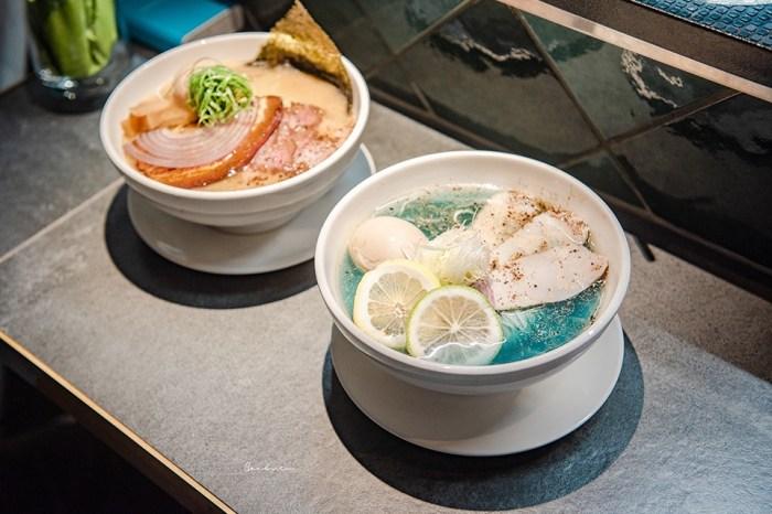 台北藍色拉麵:真劍拉麵 蔚藍海水色的雞湯,推薦招牌豚骨拉麵好吃焦香叉燒
