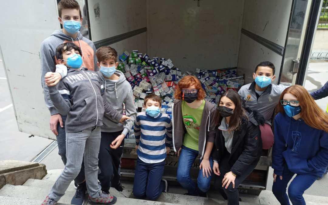 Alumnos/as del colegio Urkide recogen cerca de 1.000 litros