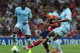 Prediksi bola (<a href='http://www.arenasuper.com/peraturan/'>agen bola terpercaya</a>,red)Hancurkan Bandar